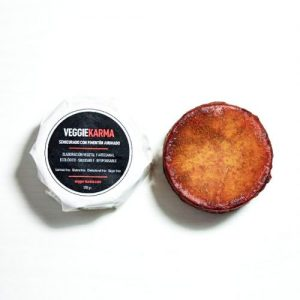 Semicurado con pimentón dulce ahumado (queso) karmage fermentado vegano
